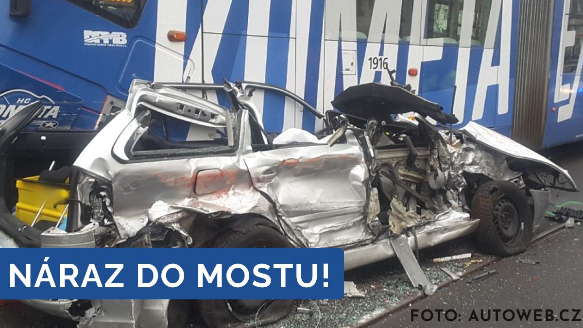Tragická nehoda na D8. V bavoráku našli smrt dva lidé!