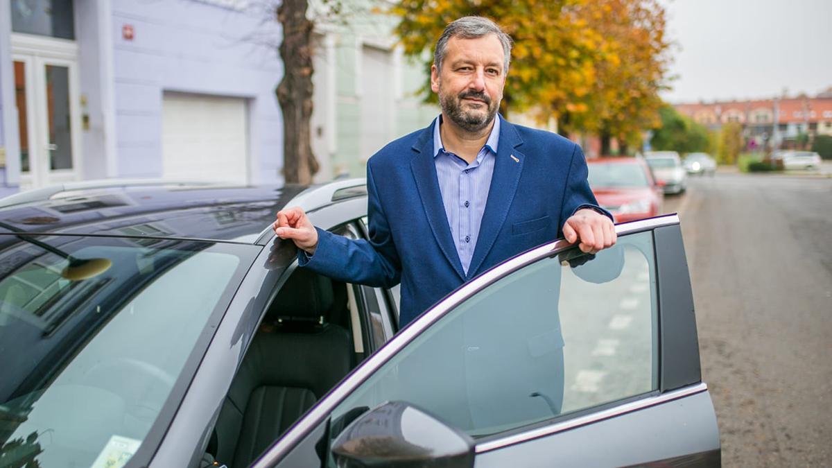 """Šlápl novým majitelům na kuří oko a čelil žalobě. """"Hned mi bylo jasné, že jsem se ničeho nedopustil,"""" prohlásil poslanec Pavel Růžička. Komu dala policie za pravdu?"""