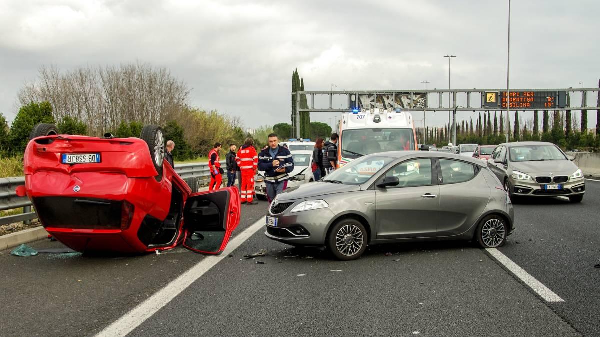 Policie zveřejnila čísla nehodovosti. Na co si dát na silnici největší pozor?